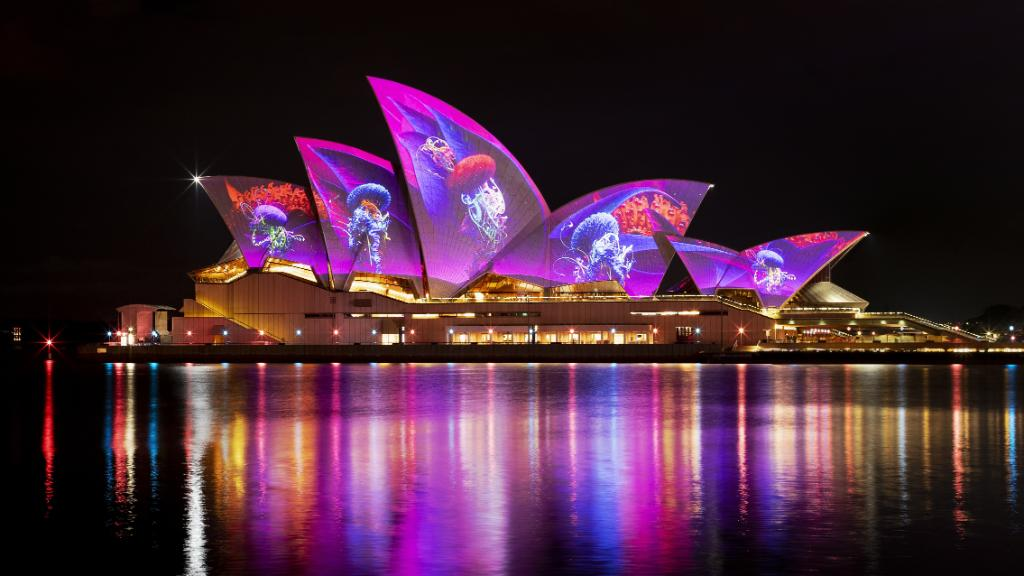 Sydney On Twitter The Lights Have Been Switched