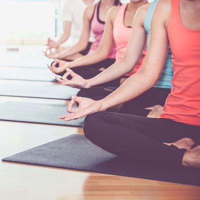 Idée week-end : initiation à l'ayurvéda dans les Cévennes https://www.fashions-addict.com/Idee-week-end-initiation-a-l-ayurveda-dans-les-Cevennes_380___18565.html… #weekend #sejour #detente #bienetre #yoga #massage #soleil #cevennes #vacances #masdelarivoire #goamigo #agencecardamone