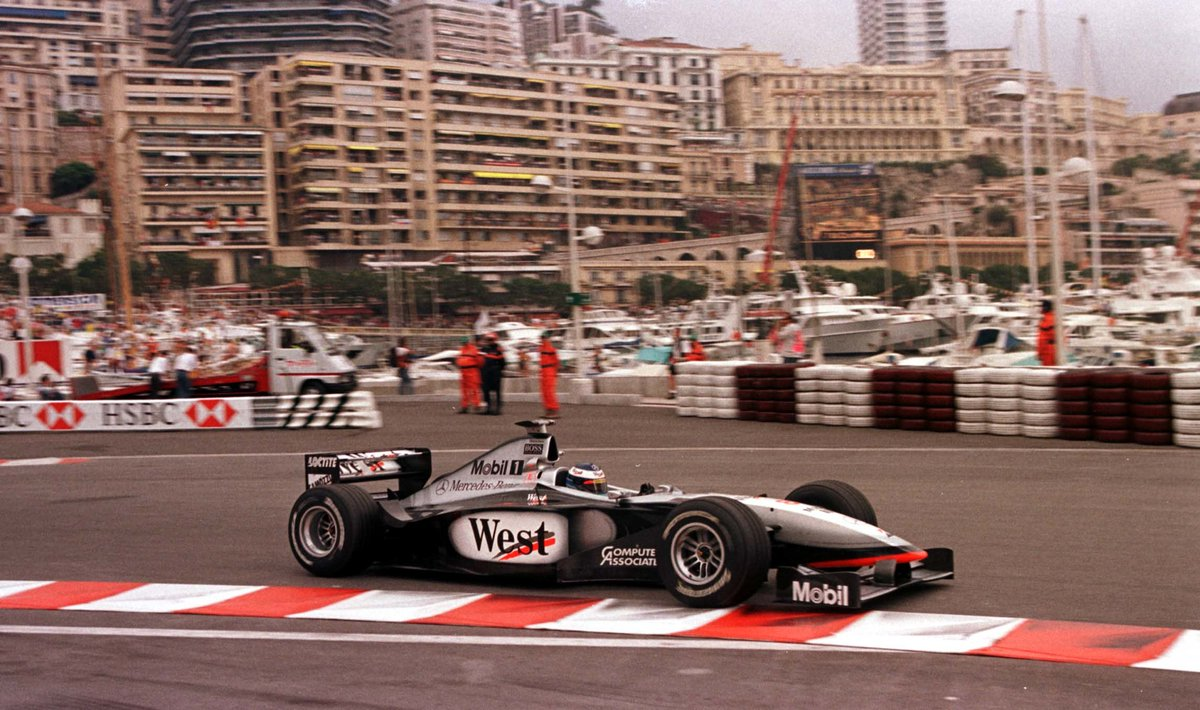 #OnThisDay in 1998, @F1MikaHakkinen mastered the streets of Monte Carlo to win the #MonacoGP. 🏆🏁 He took pole position, set the fastest lap and led every lap of the race. 👊👏
