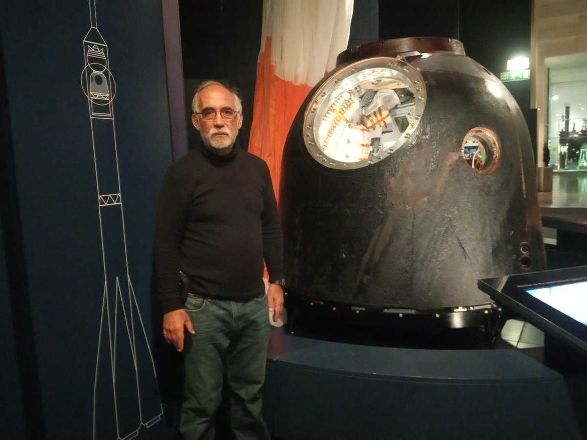 At the Science Museum visiting Astronaut Peake&#39;s Soyuz vehicle. Impressive! <br>http://pic.twitter.com/IRDqavD6sG