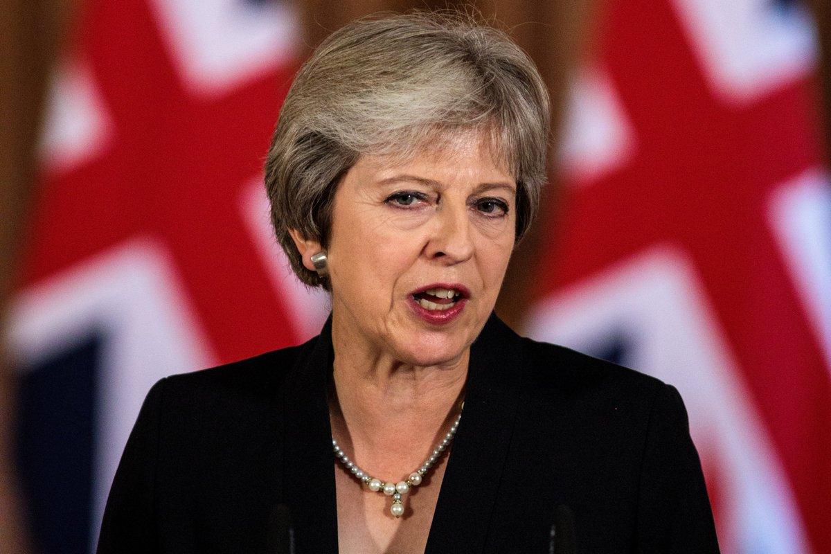 رئيسة وزراء #بريطانيا تعلن استقالتها 7 يونيو المقبل http://www.youm7.com/4255281