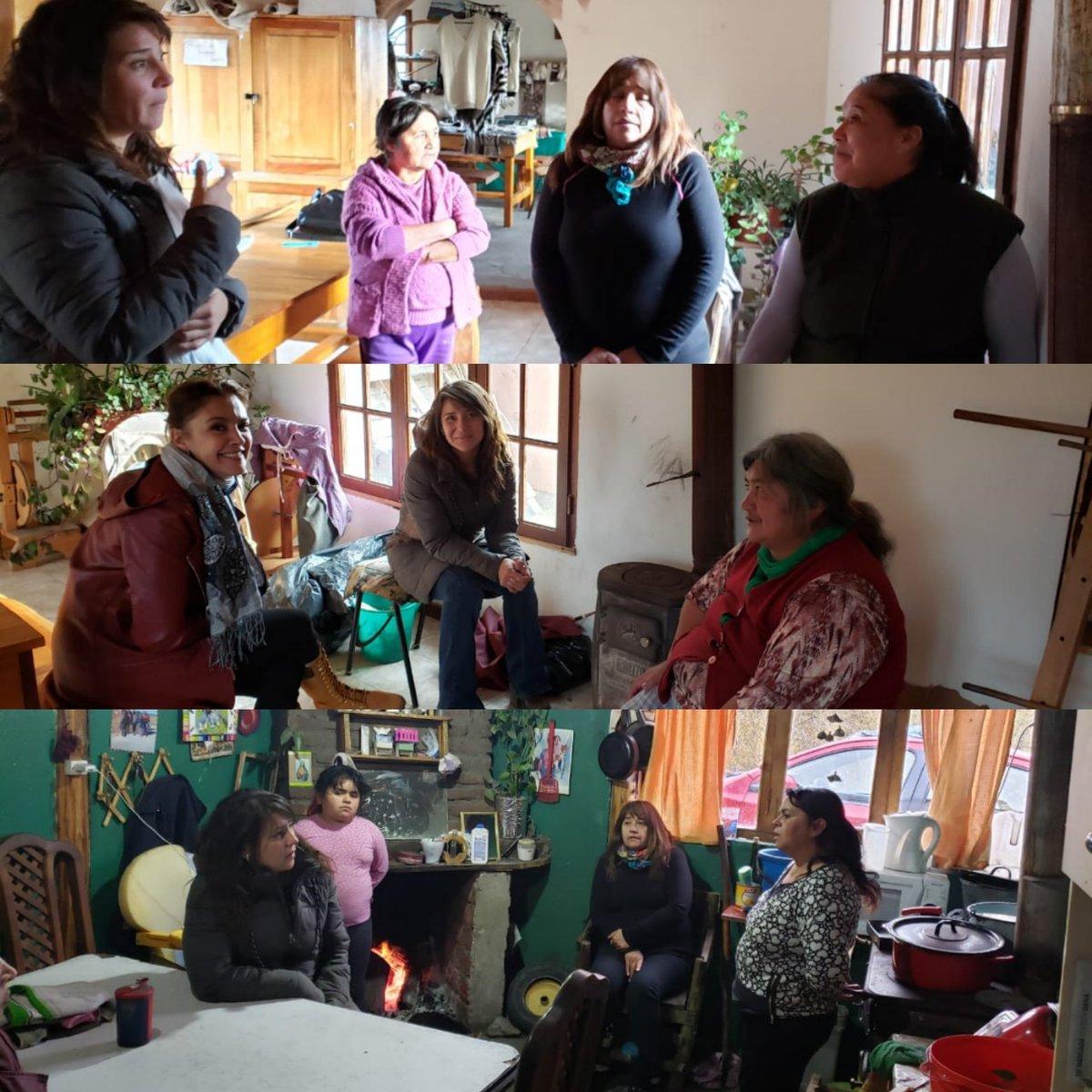 Visitamos a los vecinos de #LagoRosario, junto a la Diputada @CHECHU0405 💪 Gracias a cada uno por recibirnos!  #ChubutAlFrente #JuntosParaChubut