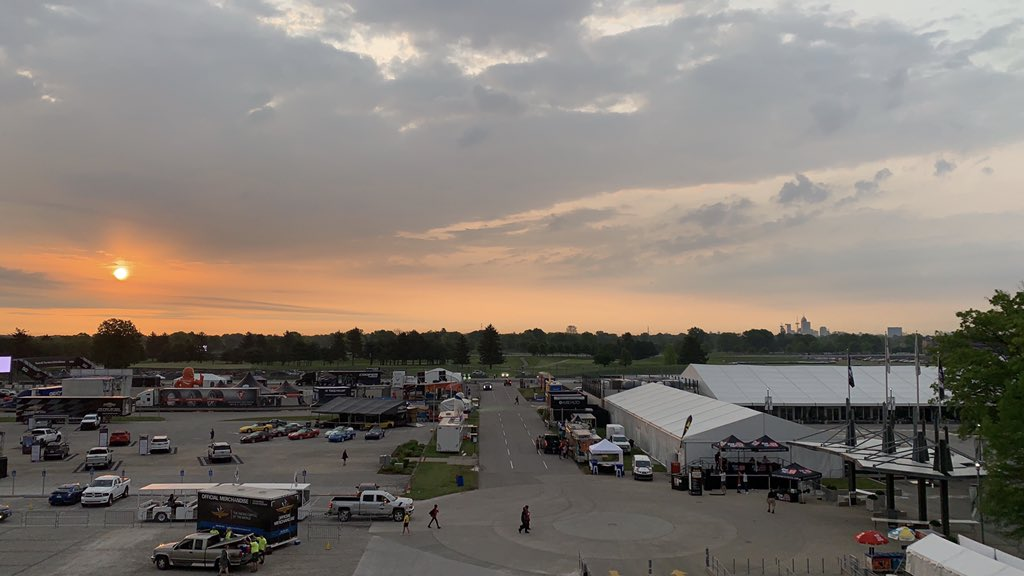 Sunrise over the track this morning on carb day! @WISH_TV #daybreak8 <br>http://pic.twitter.com/G5H1D7u19X