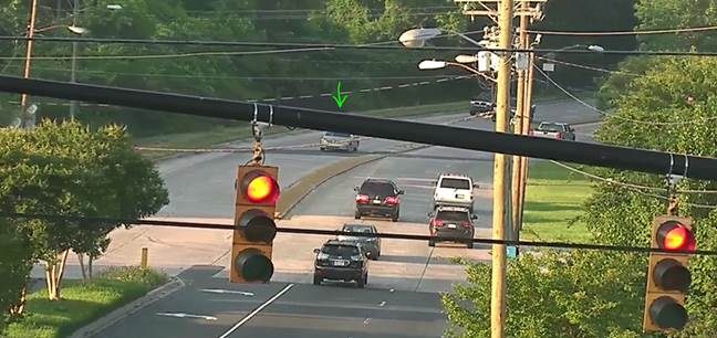 Accident - Freedom OB before Morehead St, left lane blocked #clttraffic #clt<br>http://pic.twitter.com/kwF0chE31Y