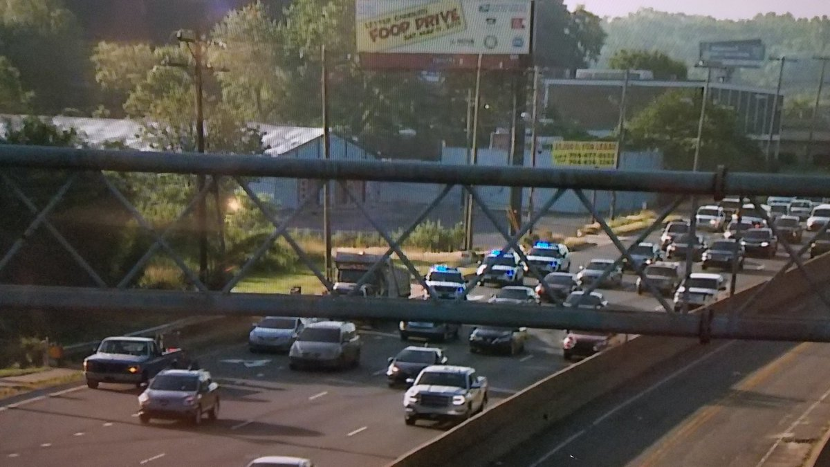 WRECK: I/B Independence Blvd @ Briar Creek Rd. Dump truck + 3 in the right lane #clttraffic #WCCB<br>http://pic.twitter.com/BTZVp4sNgg