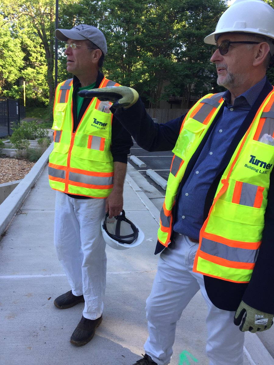 Beautiful day to check out the construction, with the experts, at the future Dorothy Hamm Middle School!  <a target='_blank' href='http://twitter.com/APSFacilities'>@APSFacilities</a> <a target='_blank' href='http://twitter.com/SuptPKM'>@SuptPKM</a> <a target='_blank' href='http://twitter.com/APSVirginia'>@APSVirginia</a> <a target='_blank' href='https://t.co/zXM8gL7mqf'>https://t.co/zXM8gL7mqf</a>