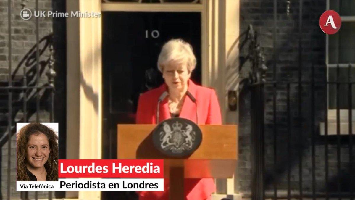 Theresa May (@theresa_may) anunció su renuncia como primera ministra británica en medio de una fuerte tensión por el Brexit, reporte de Lourdes Hereida desde Londres en #AristeguiEnVivo http://ow.ly/RAXN30oOJ5Q
