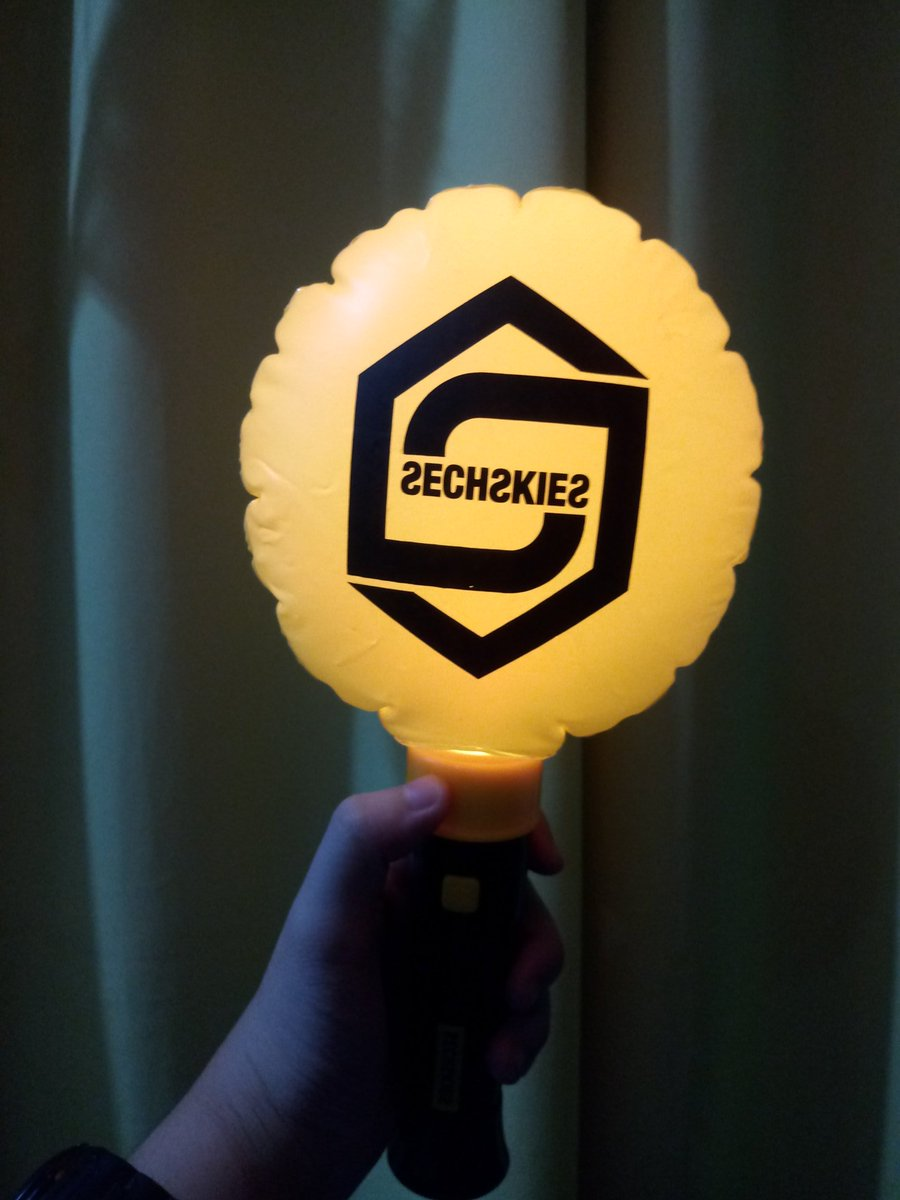 This is so beautiful.#Sechskies #Yellowkies #젝스키스