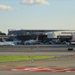 Image for the Tweet beginning: Good day from #LaGuardia Airport.