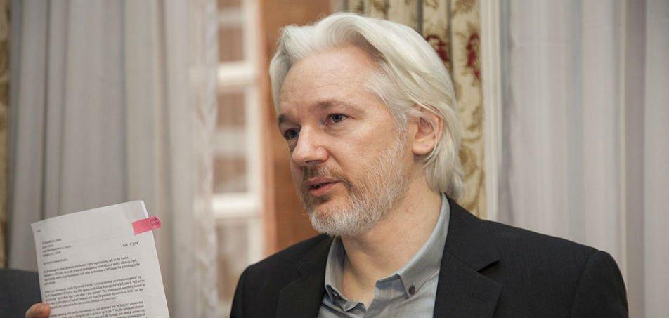 Julian Assange, do WikiLeaks, é alvo de 17 novas acusações - https://itmidia.com/julian-assange-do-wikileaks-e-alvo-de-17-novas-acusacoes/…