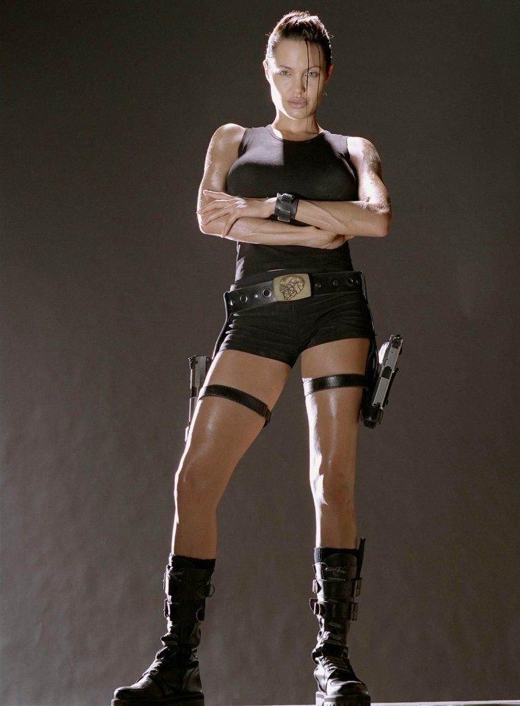Movie: &quot;Lara Croft: Tomb Raider&quot; 2001 Character: Lara Croft Actress: Angelina Jolie <br>http://pic.twitter.com/AfKkNHa9jH