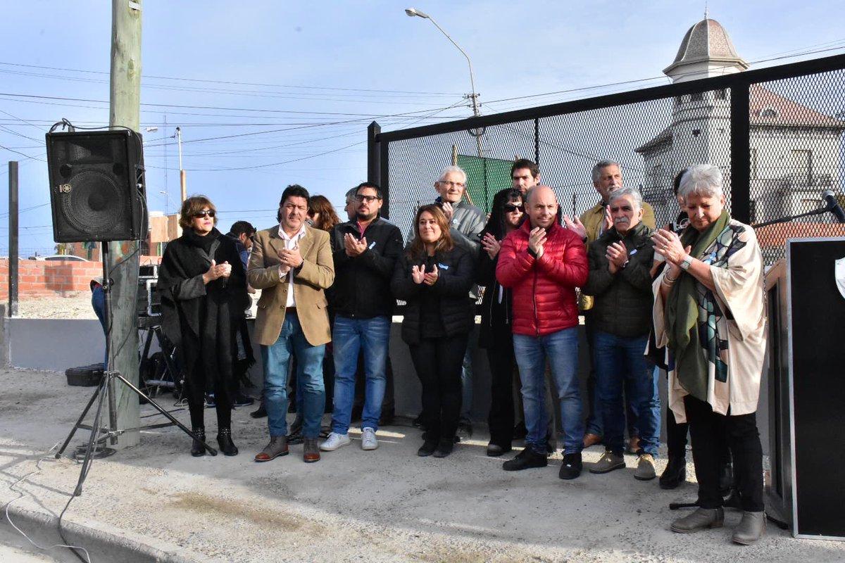 Hoy participamos junto a la viceintendenta @xeniagabella y concejales, de la presentación de lo que será el futuro edificio del @ConcejoMadryn de la ciudad #Chubut