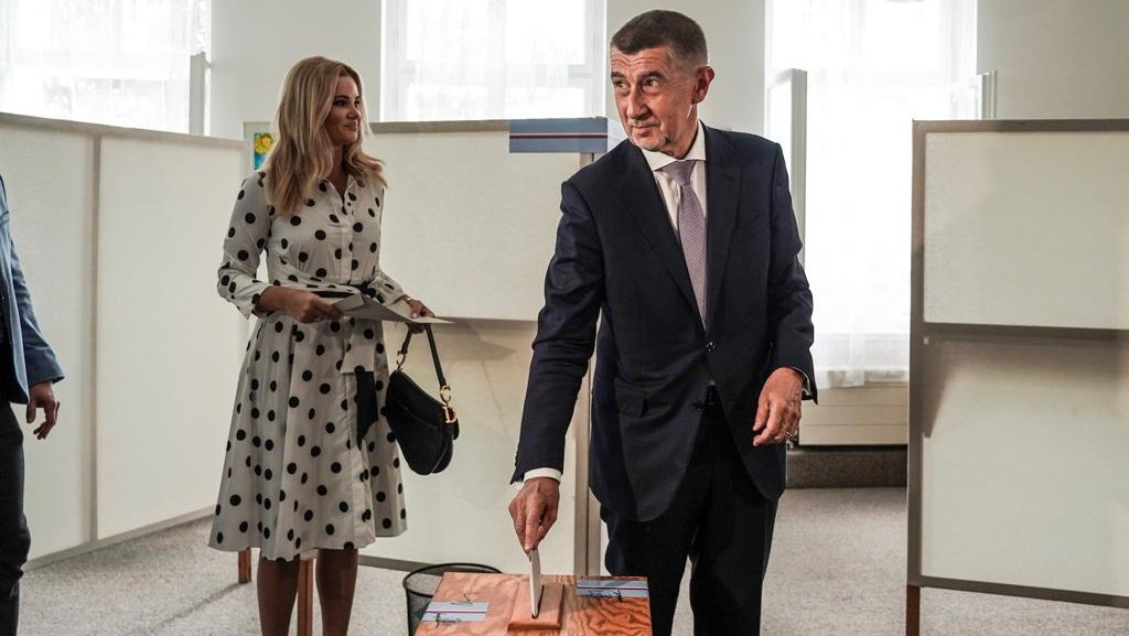 Premiér @AndrejBabis volil v evropských volbách #EPVolby2019 → http://www.vlada.cz/cz/media-centrum/aktualne/premier-volil-v-evropskych-volbach-173915/…