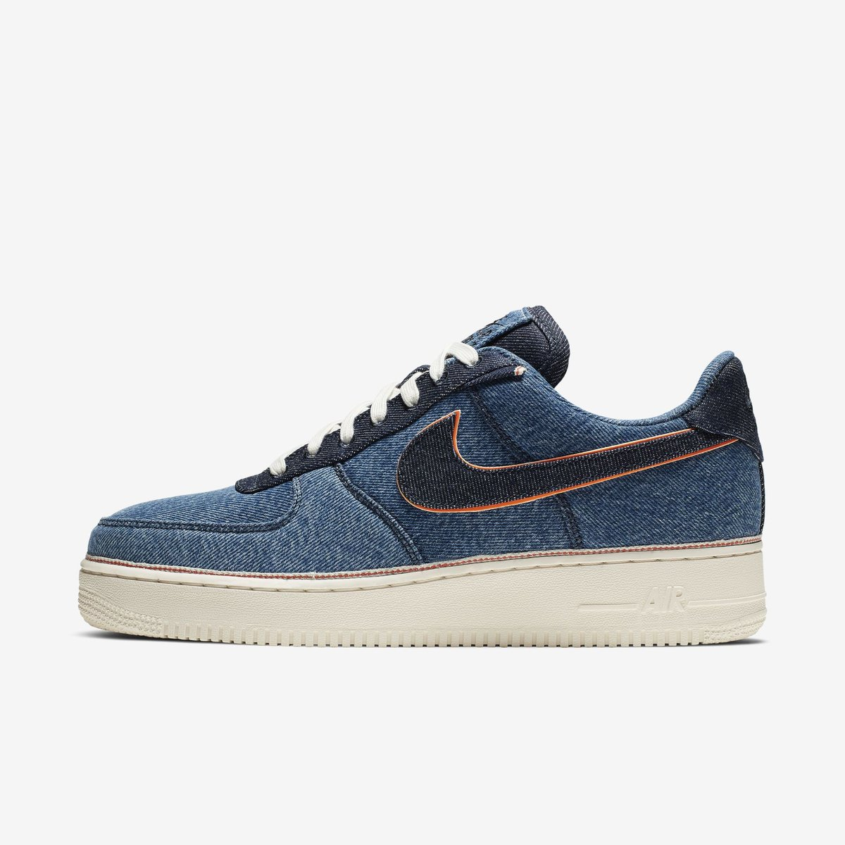 9bd562dae74 J23 iPhone App Twitter Tweet: 3x1 x Nike Air Force 1 now on regular Nike