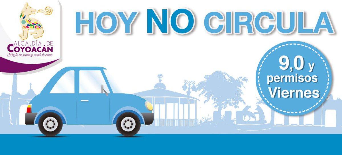 Este viernes aplica el programa #HoyNoCircula en autos con engomado #azul y terminación 9,0 y permisos.