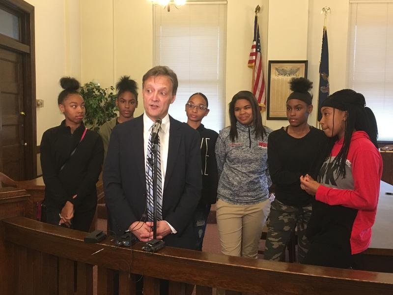 McKeesport School District Reaches Settlement Over Black Student Union  https://www. wesa.fm/post/mckeespor t-school-district-reaches-settlement-over-black-student-union &nbsp; … <br>http://pic.twitter.com/0ic395QiuL