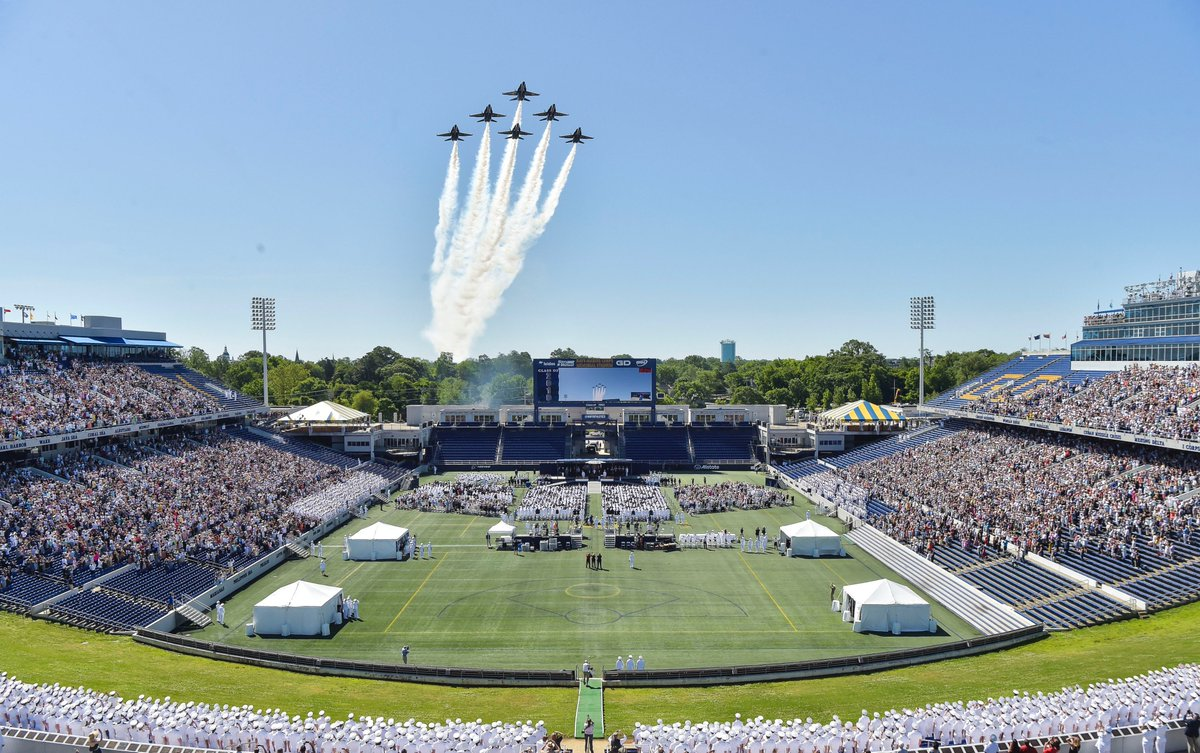 Congratulations to the @NavalAcademy Class of 2019!