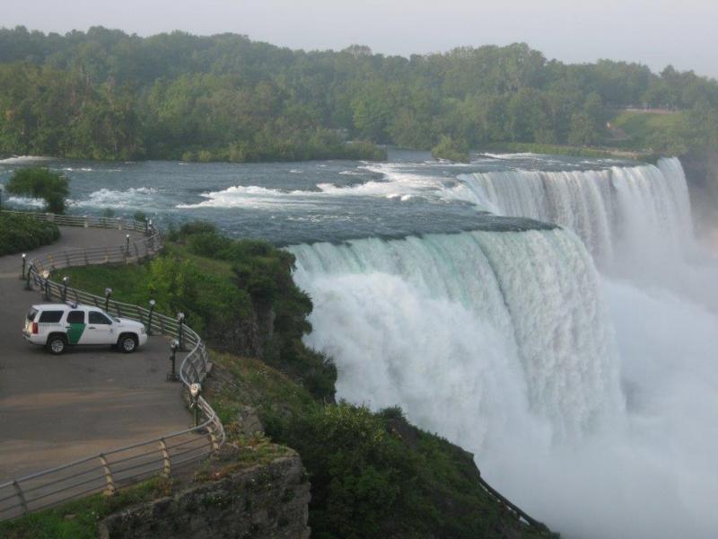 Man swims across Niagara River rapids to enter U.S. illegally  https://breaking911.com/man-swims-across-niagara-river-rapids-to-enter-u-s-illegally/…