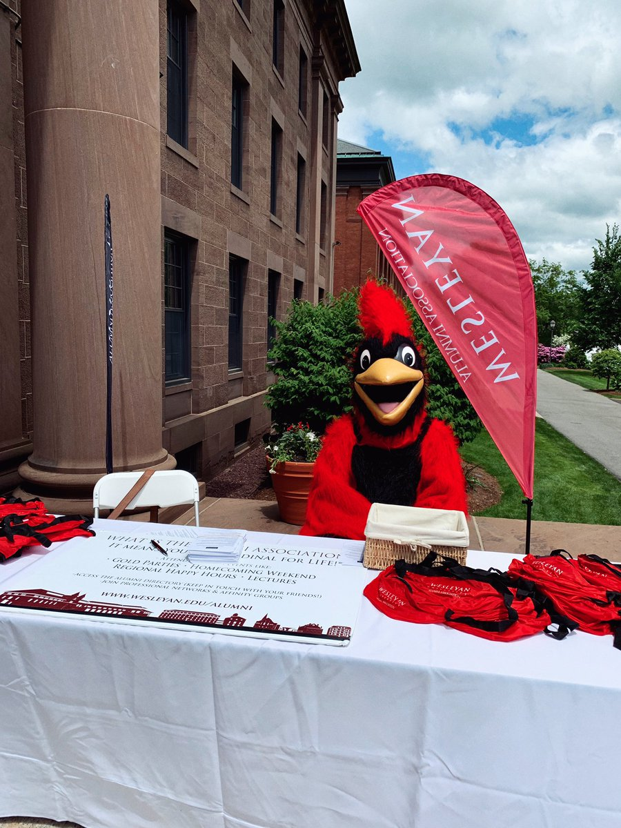 test Twitter Media - RT @wes_alumni: Welcome to the @wesleyan_u Alumni Association, Class of 2️⃣0️⃣1️⃣9️⃣! 🎓 #Wesleyan2019 https://t.co/pp0wOxmjlT