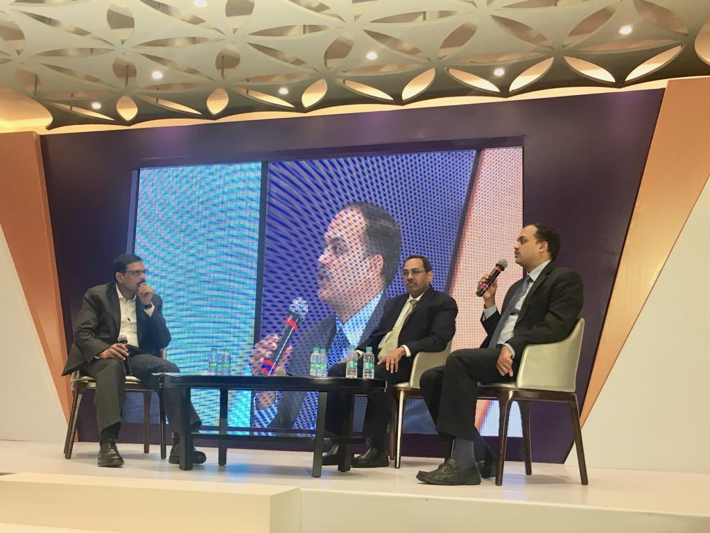 &quot;PSU Banks are going to do well&quot;, said Prashant Jain, CIO, HDFC Mutual Fund at the #PremiaEntwind session today on &quot;Impact of Election results on the stock market&quot;. <br>http://pic.twitter.com/Sor6Kz6zx0