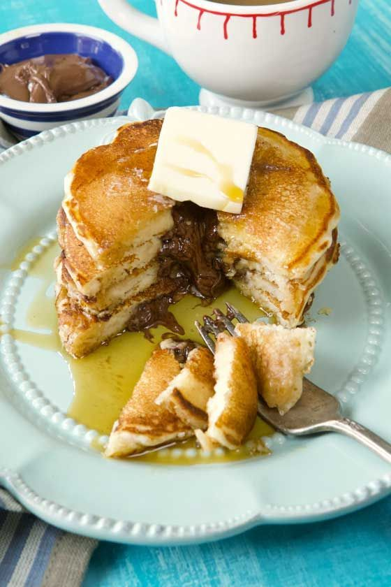 What's up this weekend? These Nutella Pancakes need to make it onto your table! https://buff.ly/2Uuvwq9 #Nutella #pancake #pancakes #recipe #Easter #brunch #breakfast #EasterSunday #EasterWeekend #food #foodies  @NutellaGlobal @NutellaUSA
