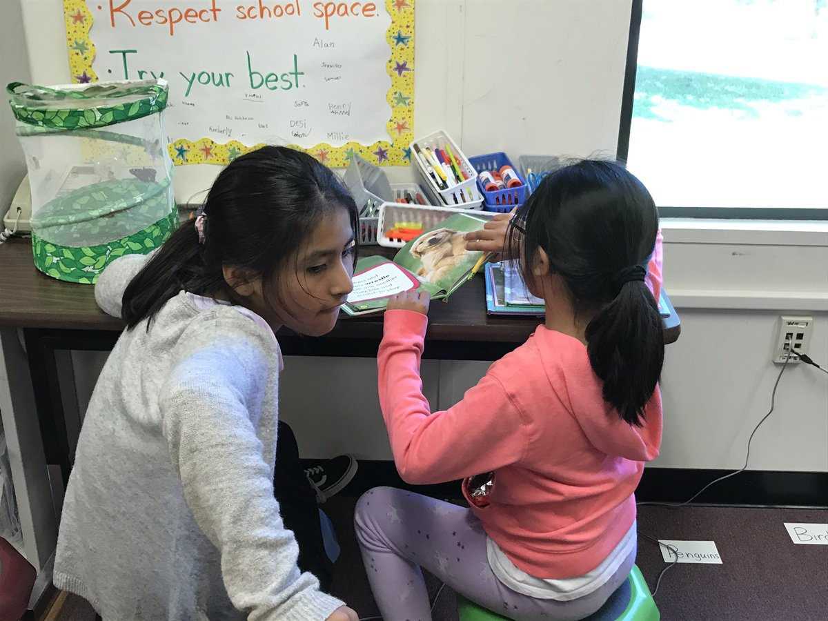 Third graders work in research clubs to become experts on an animal! Step one: orienting ourselves to the different texts. <a target='_blank' href='http://search.twitter.com/search?q=KWBPride'><a target='_blank' href='https://twitter.com/hashtag/KWBPride?src=hash'>#KWBPride</a></a> <a target='_blank' href='https://t.co/HnXe9kTP9V'>https://t.co/HnXe9kTP9V</a>