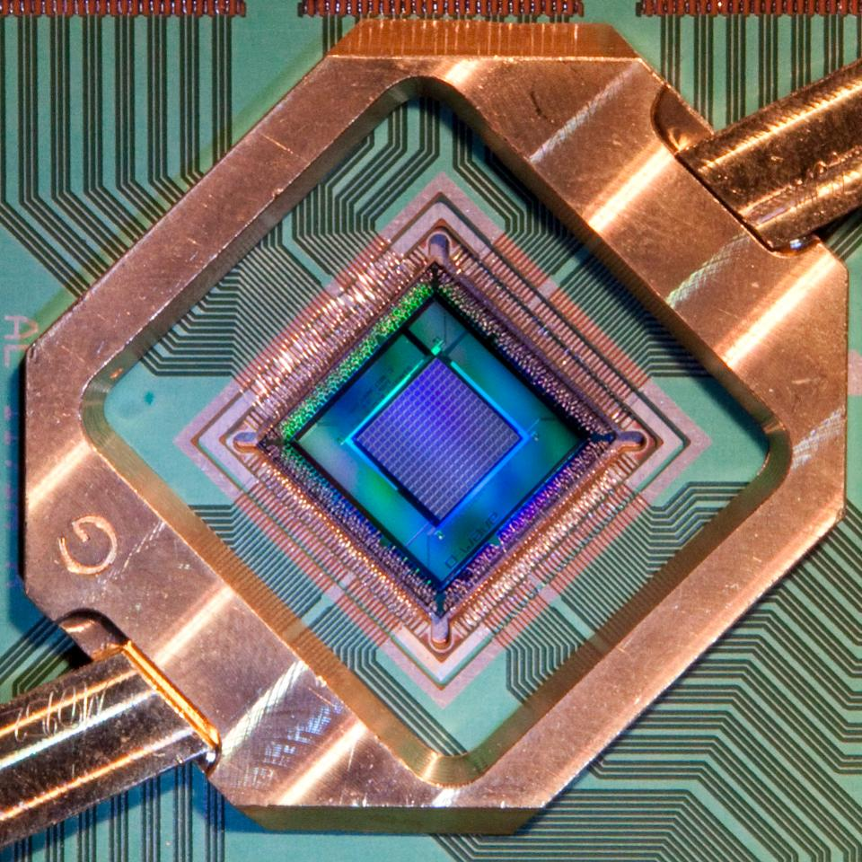 D-Wave's new, lower-noise quantum processor will make quantum computing solutions more practical for business http://on.forbes.com/6010El5CQ by @TheAlexKnapp