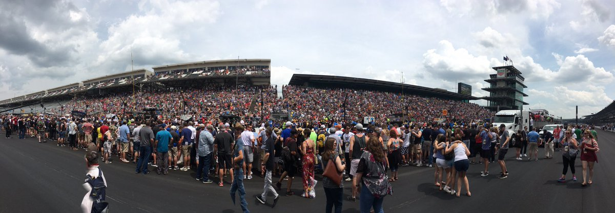 View of the crowd for the #PitStopChallenge at @IMS.  #CarbDay | #ThisIsMay