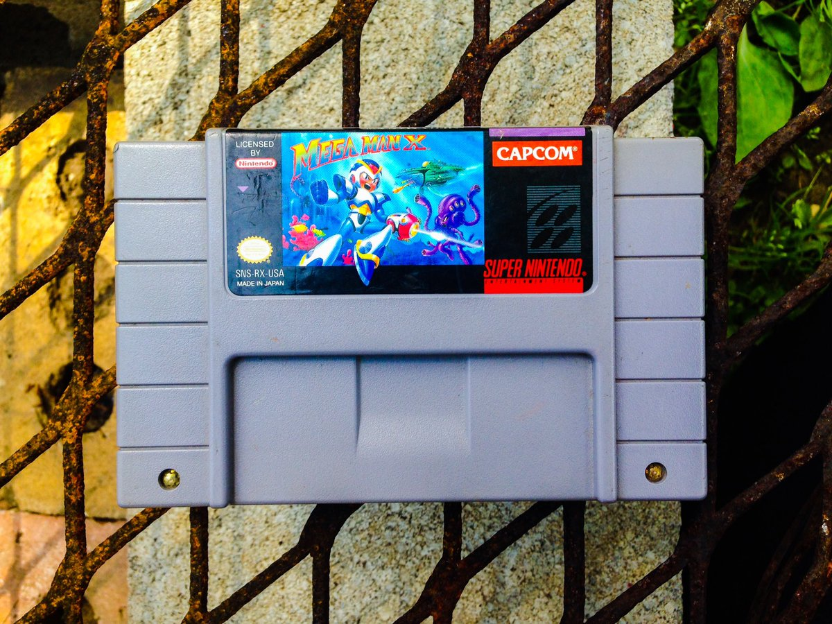 It's #MegaManWeek so why not show off one of my favorite games for #SNESFriday 💙  I love everything about X. Especially the soundtrack 👌 #Nintendo