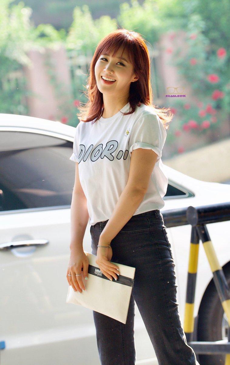 20190524 Yuri go to play photo 5-8#kwonyuri #yurikwon #yuri #권유리 #權俞利 #소녀시대 #girlsgeneration #snsd #少女時代 #앙리할아버지와나 #연극 #군포 #군포문화에술회관