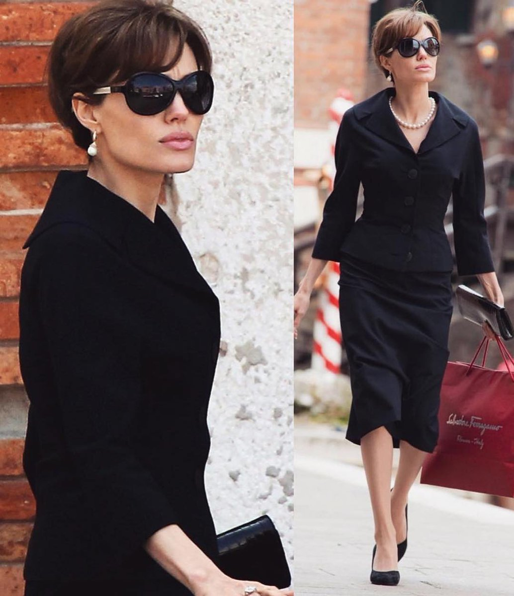 Just wanna take a minute and appreciate how chic Angelina Jolie looked in the Tourist movie <br>http://pic.twitter.com/r7f4MG3Fn2