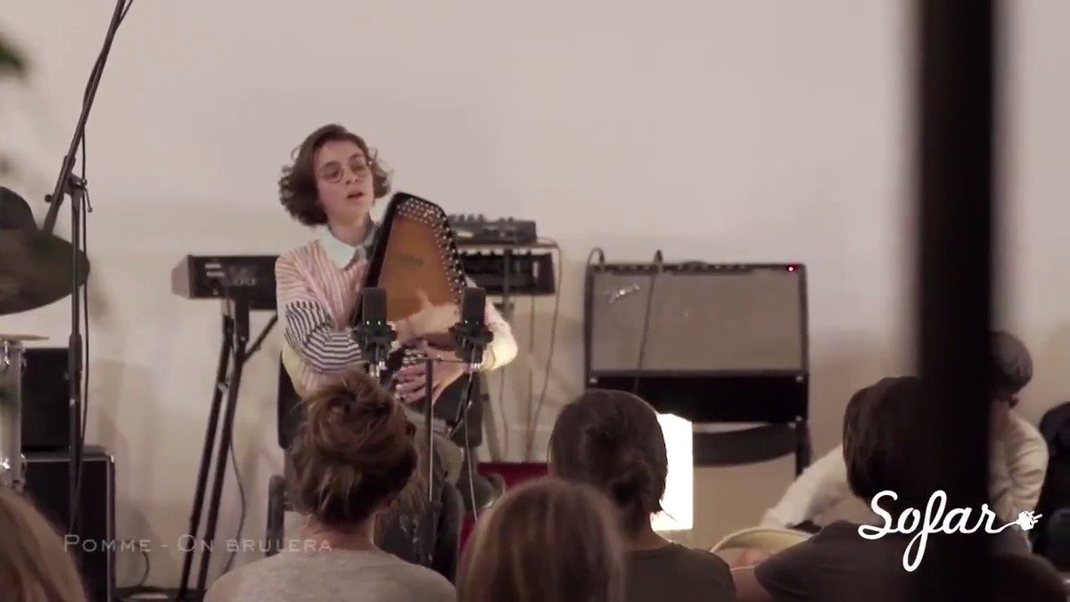 With infectious melodies and an obvious grace, check out this flashback of the wonderful @pommeofficial at @sofarsoundsparis 🎼 Full video: https://sofar.co/2w4B7tm