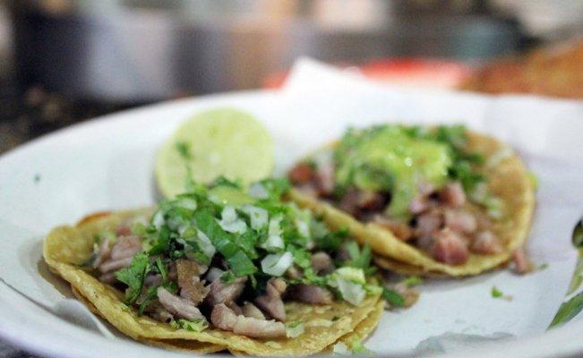 Lugares para disfrutar de los tacos de suadero en la CDMX https://www.eluniversal.com.mx/menu/lugares-para-disfrutar-de-los-tacos-de-suadero-en-la-cdmx…