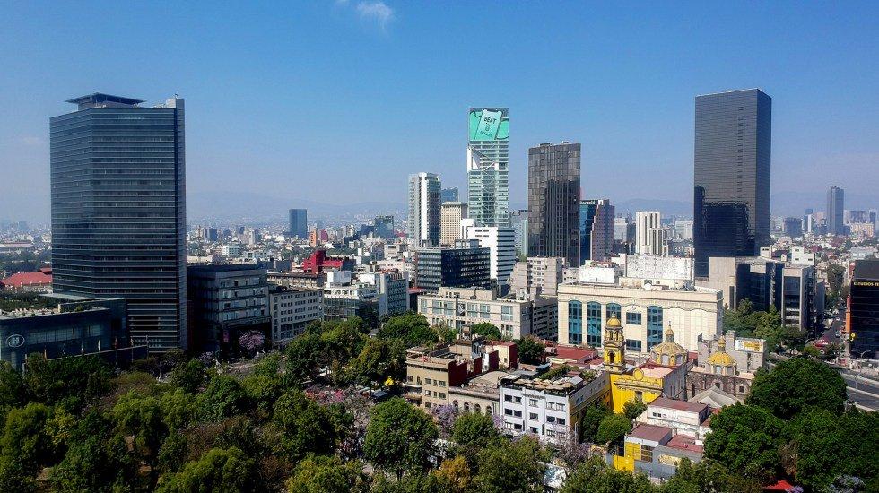 La venta de viviendas en la Ciudad de México cayó aproximadamente 30 por ciento en el primer trimestre del 2019 http://bit.ly/2KaJXhN