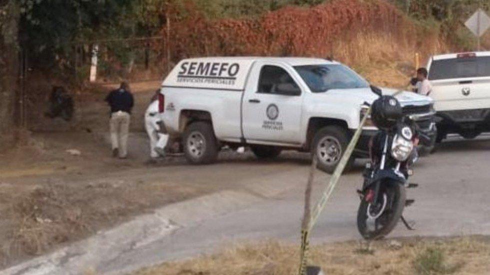 Encuentran cinco cuerpos calcinados al interior de vehículo en Michoacán http://bit.ly/2Ew1WLV