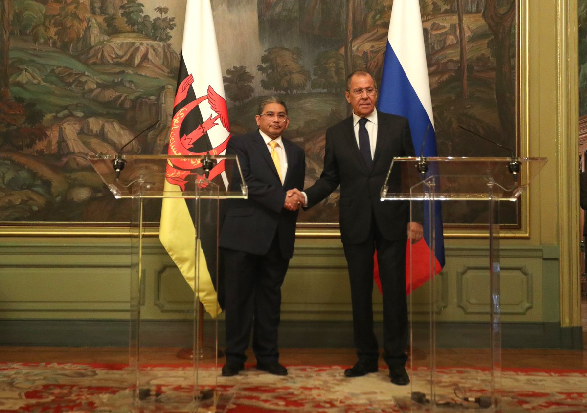 Foreign Minister Sergey #Lavrov and Minister of Foreign Affairs II of #Brunei Dato Erywan Yusof held bilateral talks in Moscow.<br>http://pic.twitter.com/HiGYzj7r7W