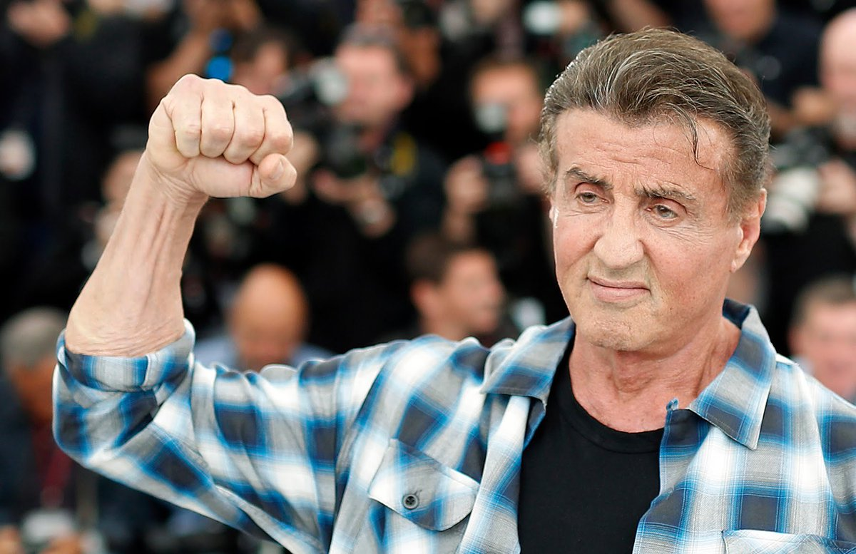 With the approach of mainnet, the Chainlink team has announced a Celebrity Advisor. Please welcome Mr. Sylvester Stallone to the team!  Suck it Puffy!! <br>http://pic.twitter.com/sKp7DqEXCs