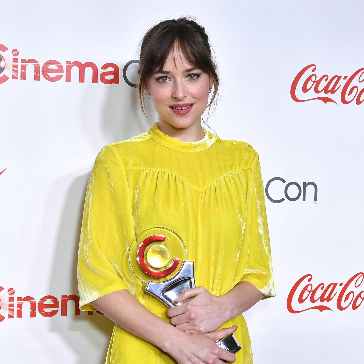 """""""Cinema is my passion. It's my heart and soul and I'm also really lucky and grateful to call it my job."""" #DakotaJohnson <br>http://pic.twitter.com/RA5JrkZfO2"""