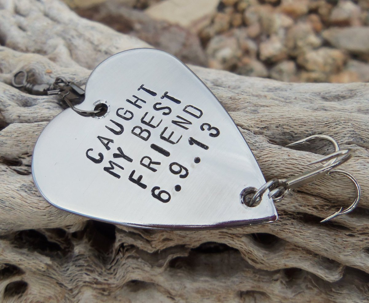 Caught my Best Friend Gifts for Friends Gift for Boyfriend Fishing Gift Men Birthday for Husband Male Friend Long Distance Friendship Sports http://tuppu.net/39423e94 #Shopify #CandTCustomLures #ChristmasGift