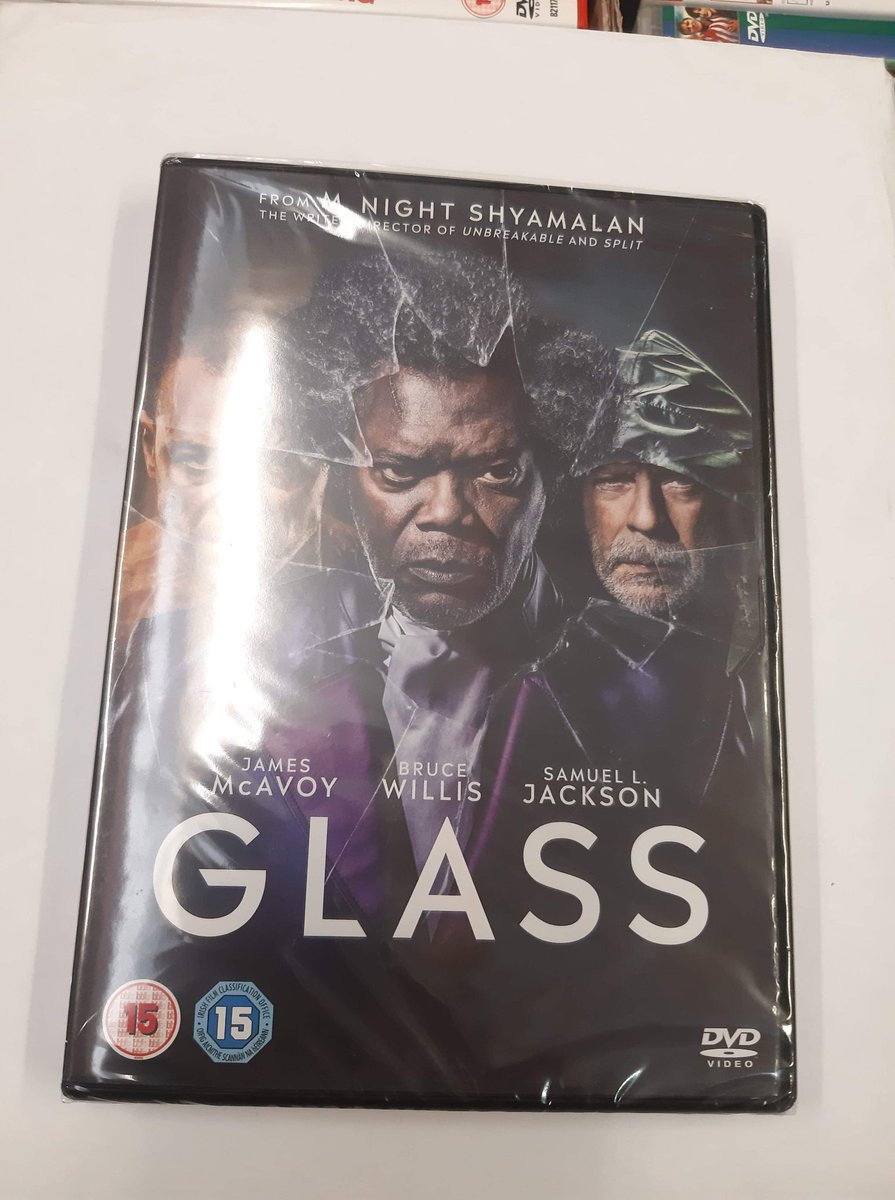 DEAL OF THE DAY  GLASS ( NEW )  £8  #glassmovie   @Gamechanger462   @LeedsMarkets   Dont miss these great prices only at Leeds Market<br>http://pic.twitter.com/m7VhlFPeV2