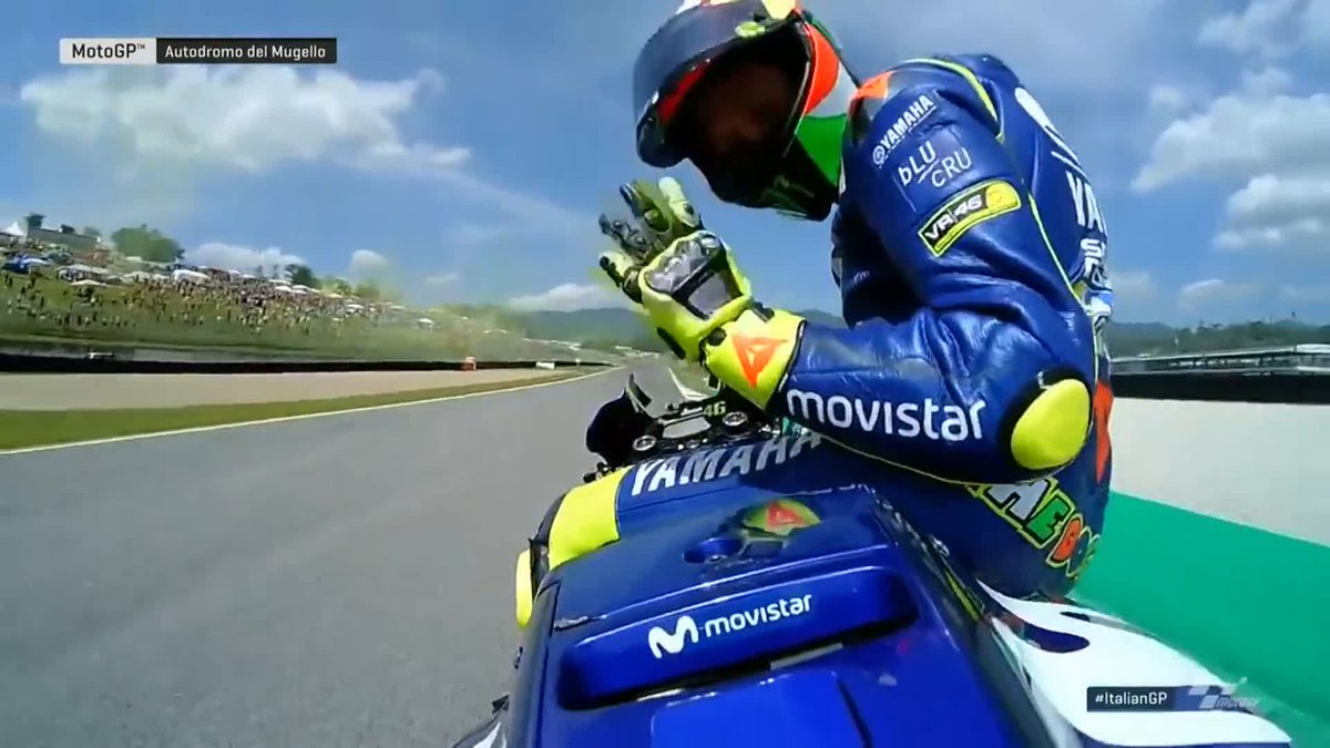 Few places produce an atmosphere like Mugello, especially when @ValeYellow46 is on pole! 👏  The Doctor soaks up the applause after conquering Q2 last year! 👊  #ItalianGP 🇮🇹