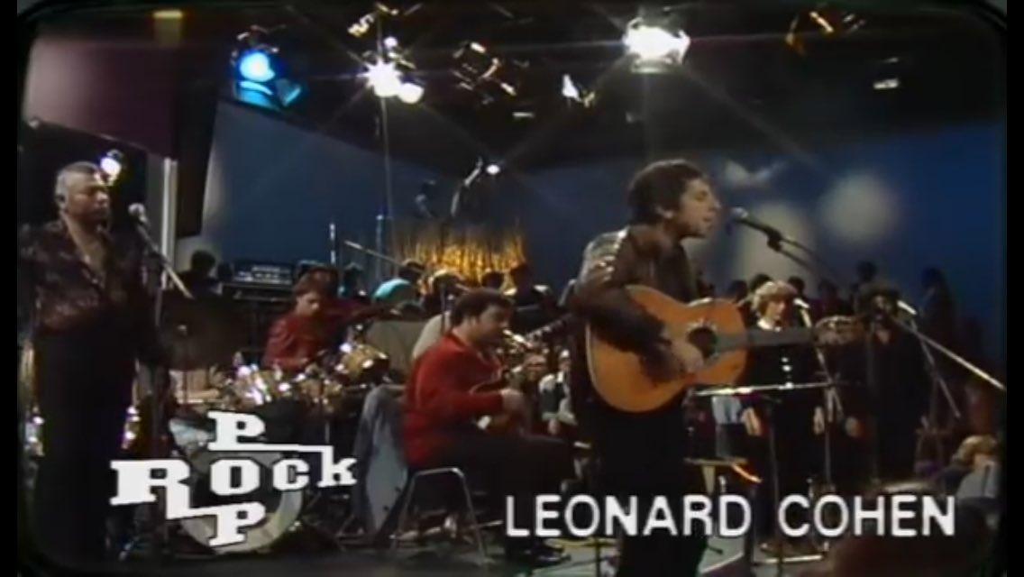 Leonard Cohen - Bird on the Wire 1979  https:// youtu.be/BmPUu-rMpWA  &nbsp;   via @YouTube<br>http://pic.twitter.com/lHK1yGM7ky