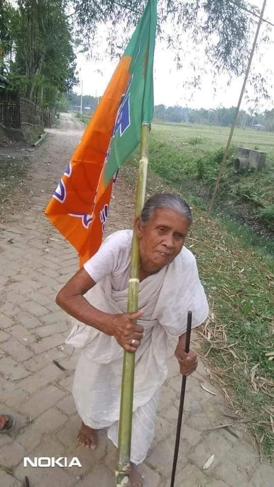We love these true fighters ..  They stand with @BJP4India despite threats and their limitations  And   They are all from Bengal .  They rejected 72000 offer and voted for @narendramodi   A common Indian has woke up and want India to great again...  Jai Shree Ram @MamataOfficial<br>http://pic.twitter.com/StS2U2lUQp