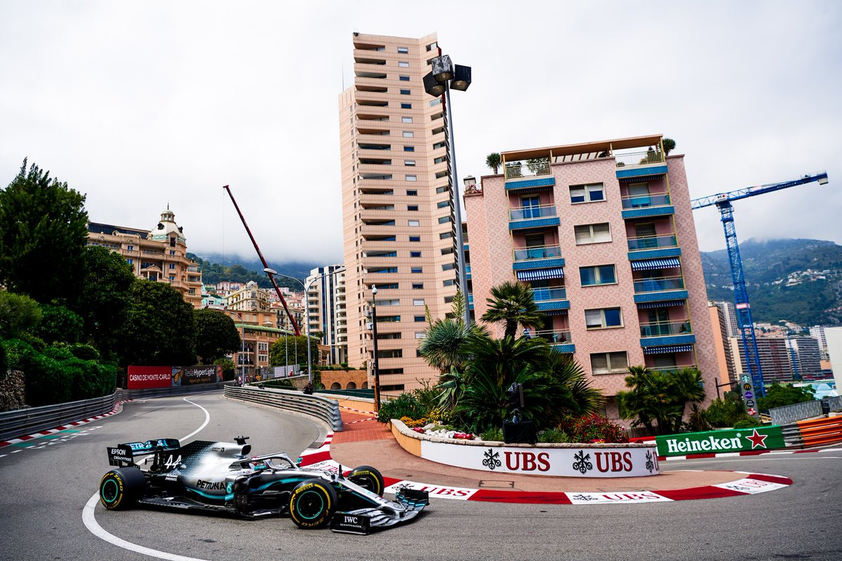 Time to get back in gear...it's QUALI-DAY! 💪🇮🇩  Show your support for #PETRONASmotorsports👇  It's going to be a good one! ⚡️  @MercedesAMGF1 #MonacoGP