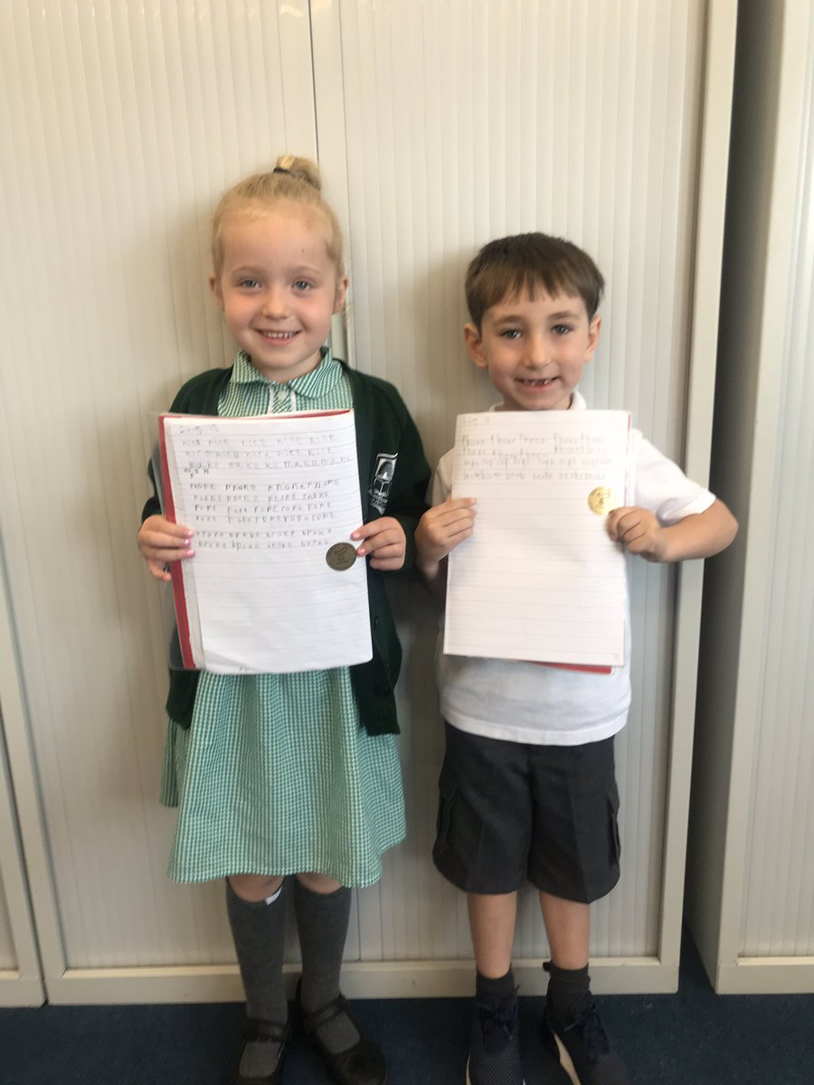 test Twitter Media - Amazing progress in handwriting. Look at those proud faces! ✏️📝 @MrMacKenzieY1 https://t.co/7OPTtzshax