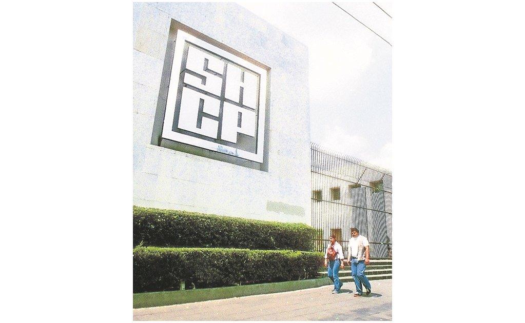 #EnPortada Libera Hacienda recursos para hospitales del país http://eluni.mx/p56bcm_