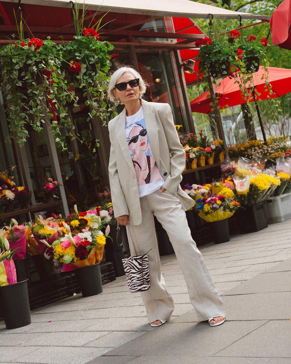 mujeres mayores de 50 Grece Ghanem