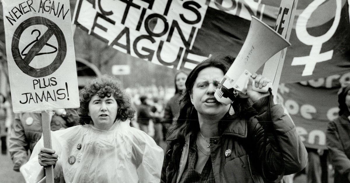After marching for abortion rights in the 70's and early 80's, I thought that was it, women had won the right to chose.   Who knew I'd be fighting the same fight 40 years later??  #WomensReproductiveRights <br>http://pic.twitter.com/o4skNDxxZJ