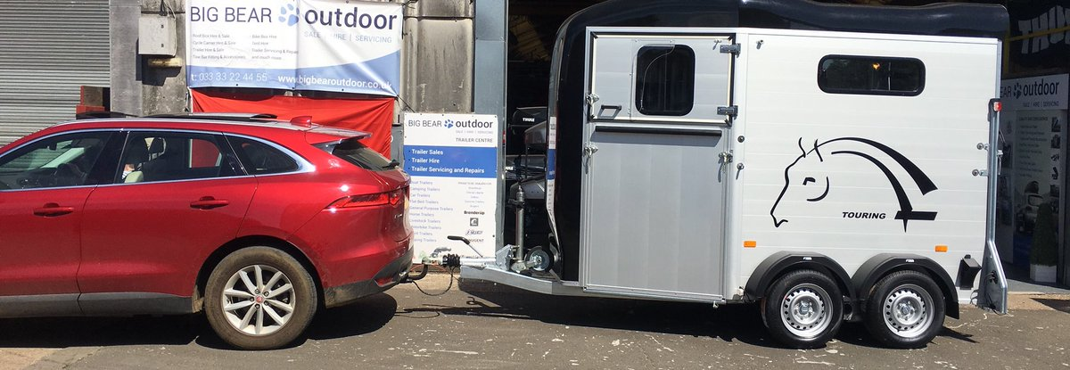 """Another stunning Cheval Liberte Touring Country with front ramp, Tack room and """"Pullman 2"""" suspension of to its new hone!! #chevalliberté #touringcountry #horsetrailers #horsetrailersforsale #ponyclub #horses #equestrian #equestrianstylepic.twitter.com/h4lVKGIWdk"""