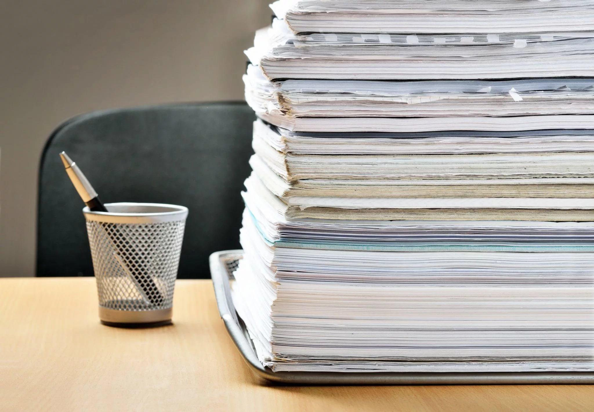 стол с бумагами картинки судьба это история